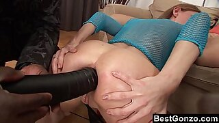 Solo girl creampied while ass hole is healed from the back sun - duration 9:45