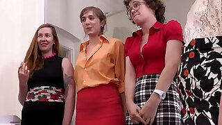 Hairy cunts and assholes licked at the office - duration 6:00