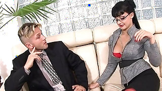 Secretary uses her ass and her tallents to get a raise - duration 11:00