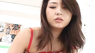 Insatiable Hatsumi finds her pussy licked and eaten by her lover - duration 7:00
