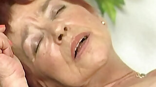 Hairy granny takes a lot big dick in her red haired old wet pussy till cum - duration 26:00