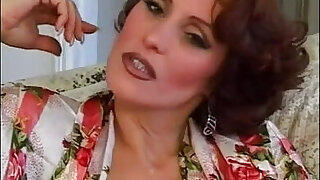 Candy Vegas Mature fucked by guys - duration 24:00