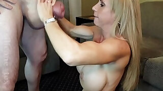 MILF Pornstar Brooke Tyler and monster cock Silicone Tex - duration 0:15