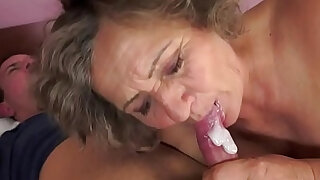 Chubby grandma orally pleasured - duration 6:00