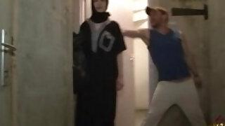 Muslim girl gangbanged HARD - duration 22:25