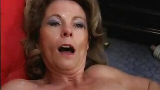 Mature Milf Ganag Bang CumSwallow - duration 1:2:00