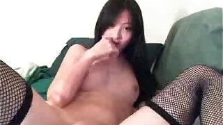 Chinese Camgirl Very Cute - duration 15:00