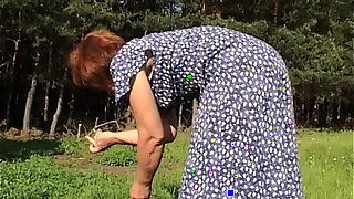 Outdoor Granny With Sexy Ass - duration 12:00