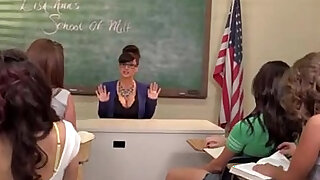 Lisa Ann School Of Milf - duration 31:00