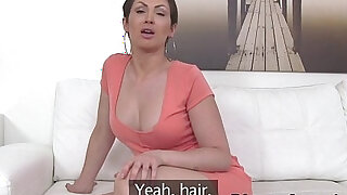 Busty babe deep throats agents dick in casting - duration 7:00