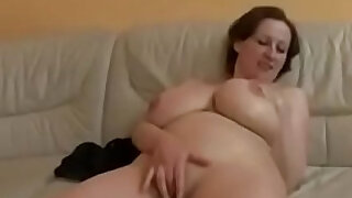 Bbw Milf On The Couch - duration 42:00