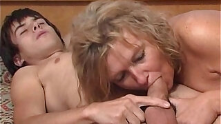 Very Mom Sons Friend - duration 8:00