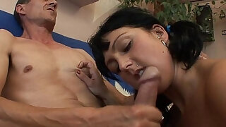 Stepdaughter Pleases Stepdaddy To Get What She Wants - duration 10:00