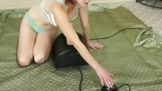 Wife Veronica Snow Grinds Hairy Pussy On Sybian - duration 7:48