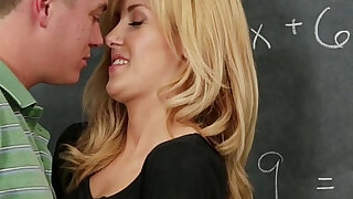 Hot Classmate Drilled by Large Dick - duration 8:00