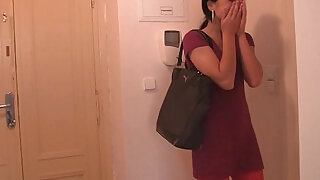 Horny cheating gf riding dick - duration 6:00