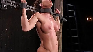 Toned busty slave dp toyed - duration 5:00