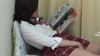 Aki Kawana Masturbation reading a naughty book - duration 2:00