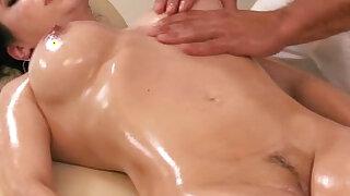 Massage loving brunette in foot fetish - duration 6:00