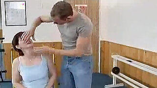 Crazy old mom gets cock - duration 5:00
