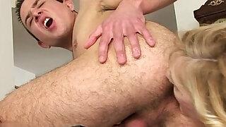 Italian mature bondage orgasm - duration 33:00