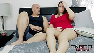 Horny mom milf having a sex with hottie sultry pleases her pussy with a fistful of cum - duration 10:32