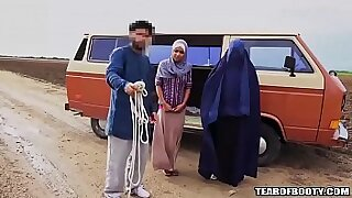 Horny Arab Daughter With Essex Mouth - duration 5:26
