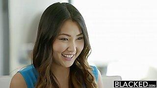 Asian babe stepmom black cock sucker - duration 11:10