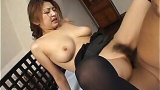 Bigboobed Japanese babe does a facial - duration 11:02