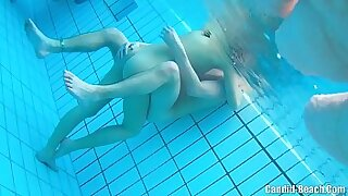 Nude married couple gone wild - duration 13:11