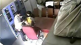 La Foxy Leone Indian Sex Video of School Teacher Getting Wet - duration 6:28